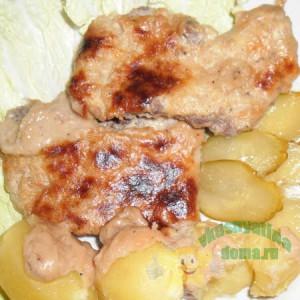 Говядина под соусом бананово-сливочным