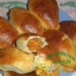 sdobnye-pirozhki-s-morkovno-yablochnoj-nachinkoj